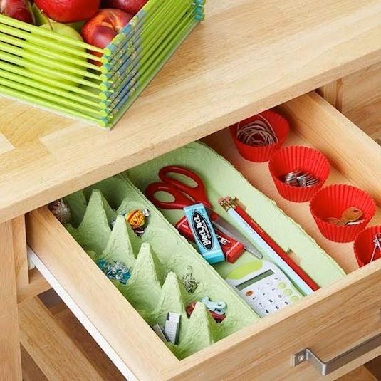 Des boites _ _ufs pour organiser l'int_rieur des tiroirs