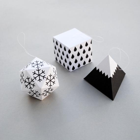 boules-de-noel-decoration-geometrique